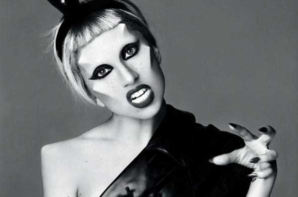 bizarre-photos-of-lady-gaga (8)