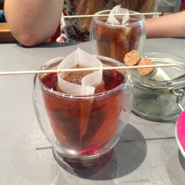 bizzare-way-to-serve-food-in-restaurant (15)