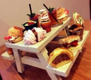 Ridiculous Ways of Serving Meals in Restaurants (22 photos) 19