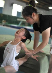 See How China Train Their Future Olympians (33 photos) 32