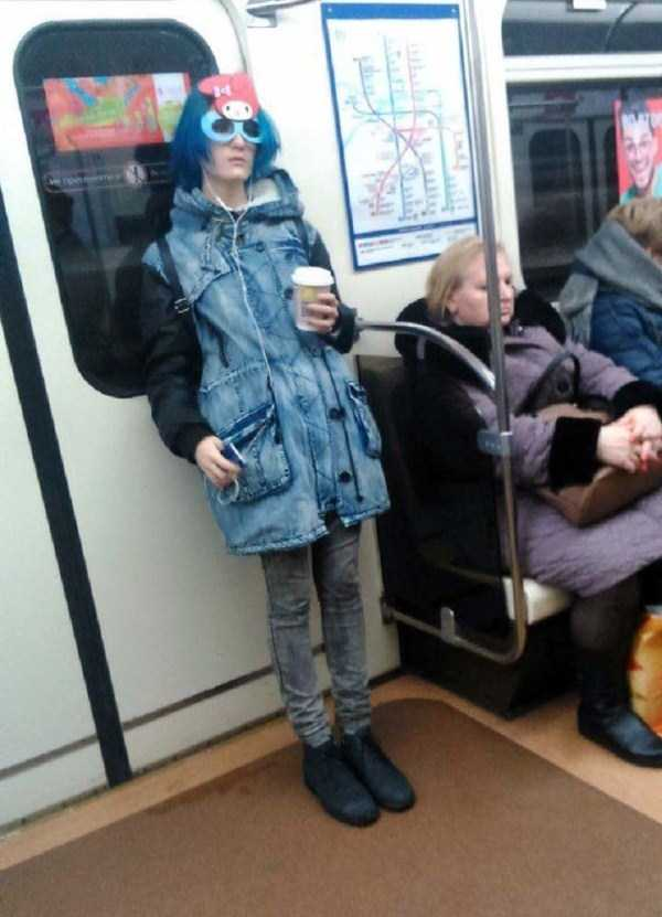 crazy-subway-fashion-in-russia (11)
