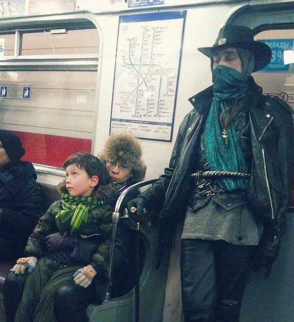 crazy-subway-fashion-in-russia (2)