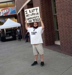 Wacky Things You Can Expect to See at a Concert (38 photos) 12