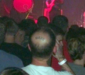 Wacky Things You Can Expect to See at a Concert (38 photos) 34