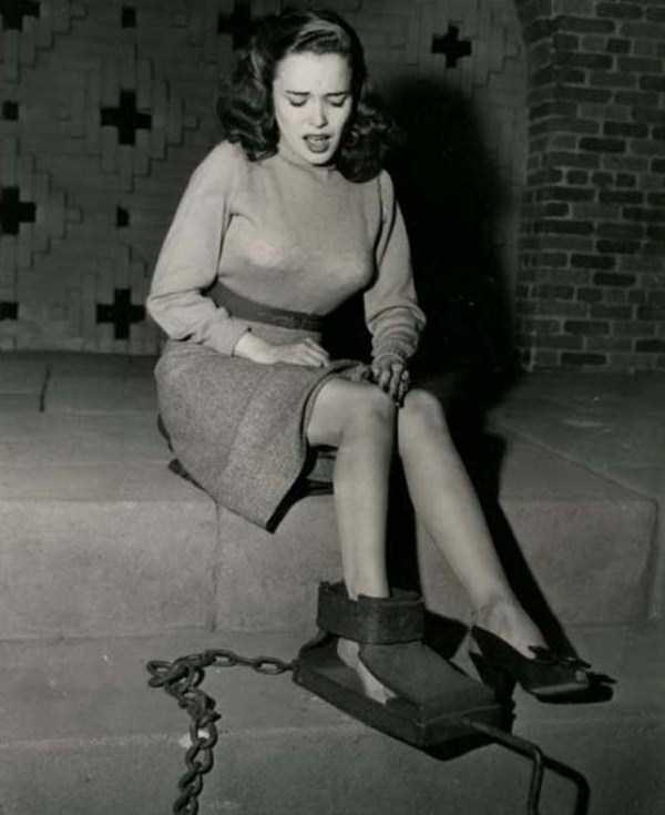 eerie-vintage-photos (16)