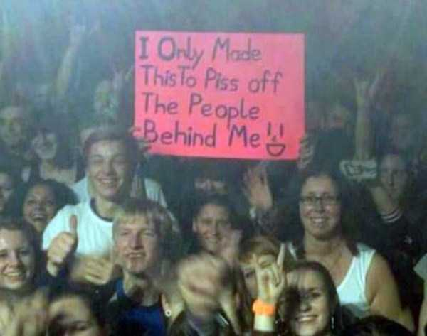 funny-concert-signs (23)