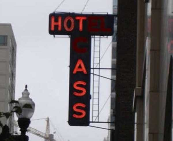 funny-neon-signs-fails (48)