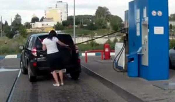 Gas Station Failures (31 photos) 31