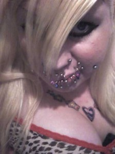 Why Did She Do This to Herself? (25 photos) 13
