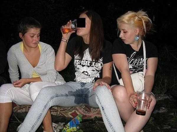 girls-sonig-stupid-things (25)