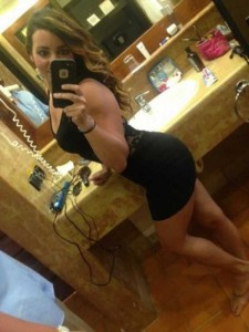 Hotties in Tight Dresses are a Feast for the Eyes (47 photos) 20