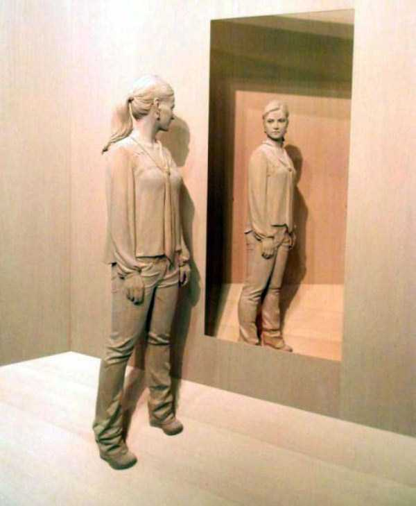 human-shaped-wood-sculptures (19)
