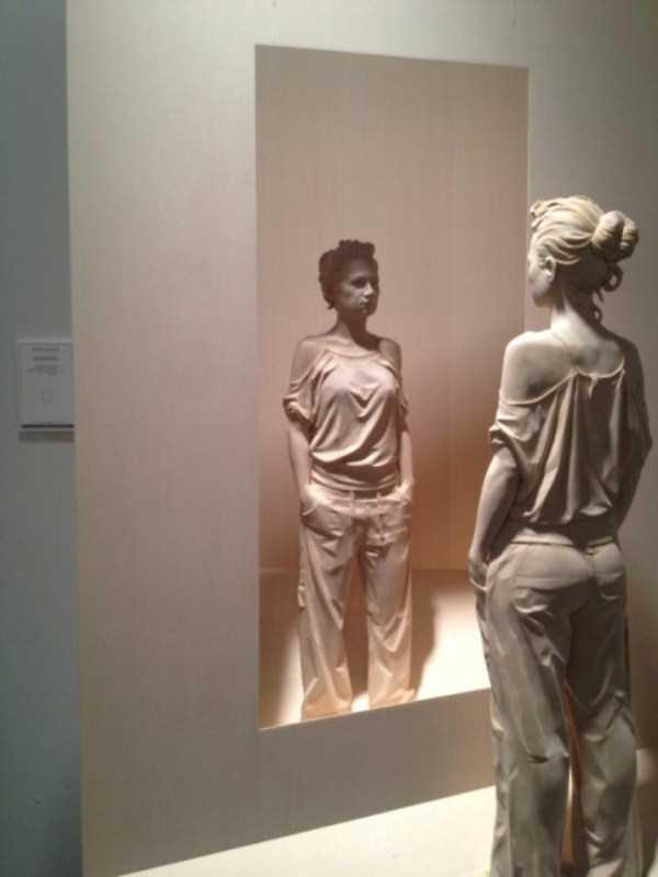 human-shaped-wood-sculptures (20)