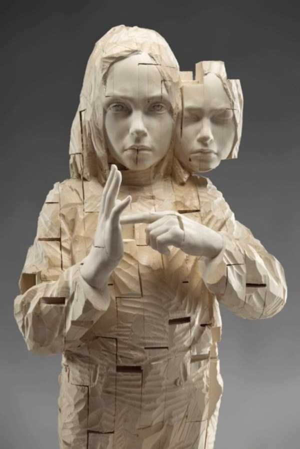 human-shaped-wood-sculptures (27)