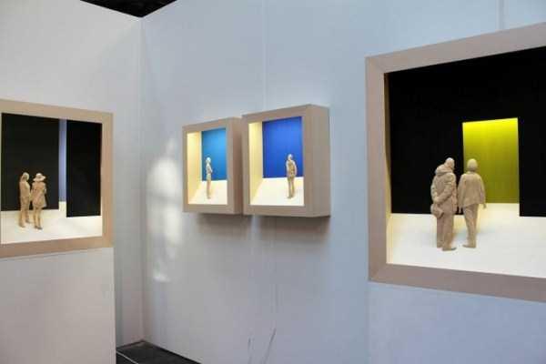 human-shaped-wood-sculptures (9)