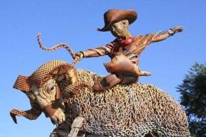 Stunning Life-Sized Animal Sculptures Made From Scrap Metal (24 photos) 1