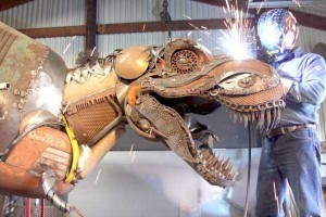 Stunning Life-Sized Animal Sculptures Made From Scrap Metal (24 photos) 21