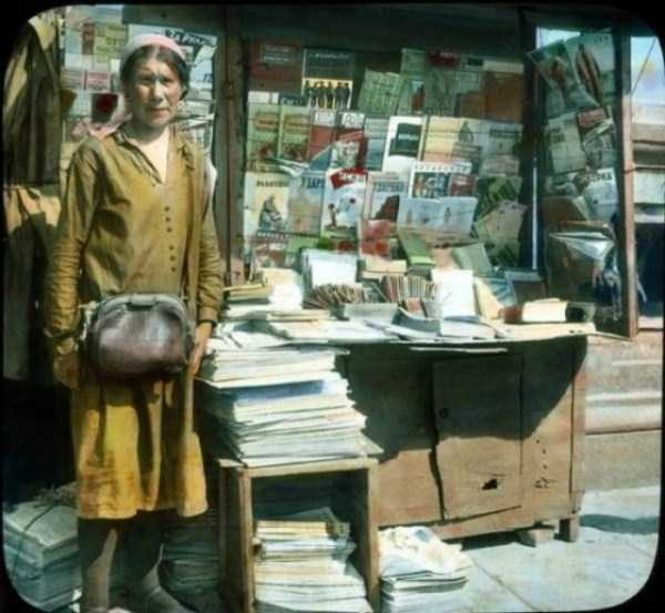 old-photos-of-1931-moscow-in-color (13)
