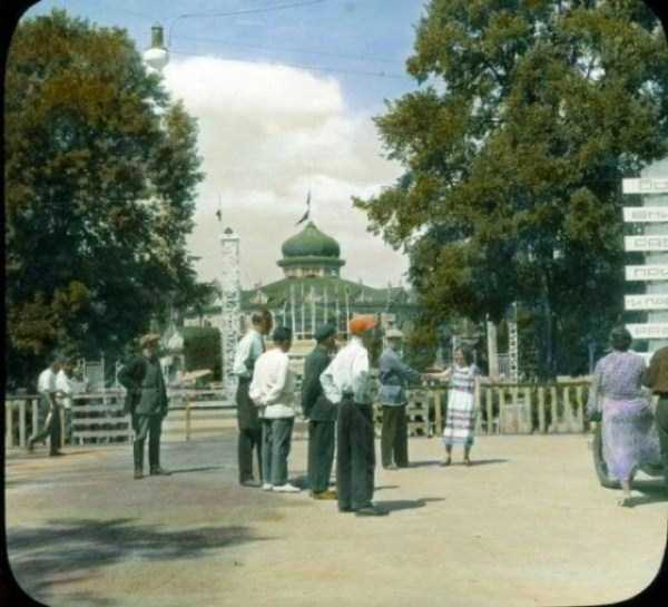 old-photos-of-1931-moscow-in-color (26)