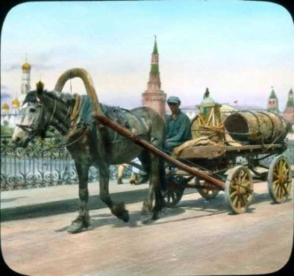 old-photos-of-1931-moscow-in-color (30)