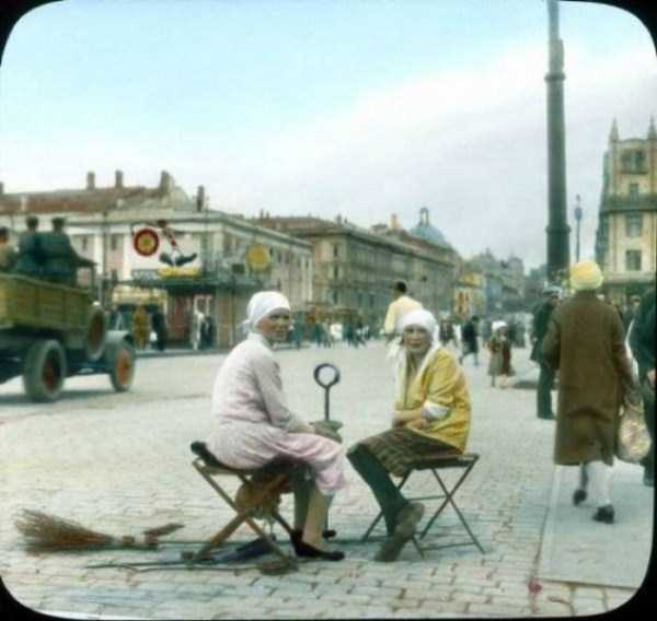 old-photos-of-1931-moscow-in-color (36)