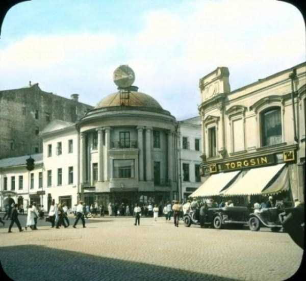 old-photos-of-1931-moscow-in-color (45)