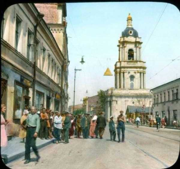 old-photos-of-1931-moscow-in-color (48)