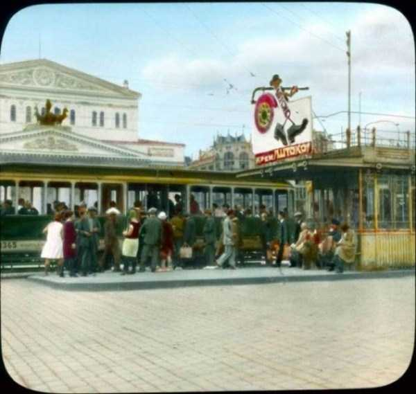 old-photos-of-1931-moscow-in-color (50)