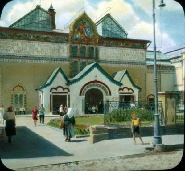 old-photos-of-1931-moscow-in-color (53)