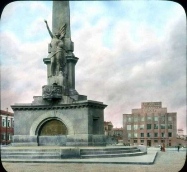 old-photos-of-1931-moscow-in-color (65)