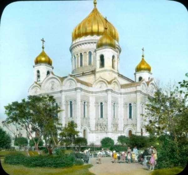 old-photos-of-1931-moscow-in-color (69)