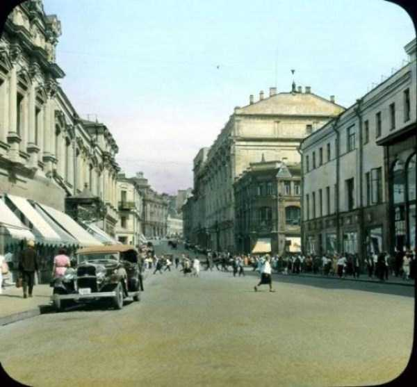 old-photos-of-1931-moscow-in-color (74)