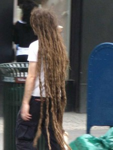 People With Ridiculously Long Hair (30 photos) 18
