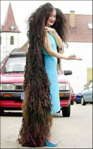 People With Ridiculously Long Hair (30 photos) 19