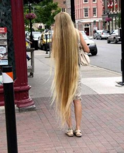 People With Ridiculously Long Hair (30 photos) 28