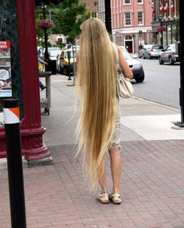 people-with-long-hair (28)