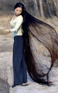 People With Ridiculously Long Hair (30 photos) 6