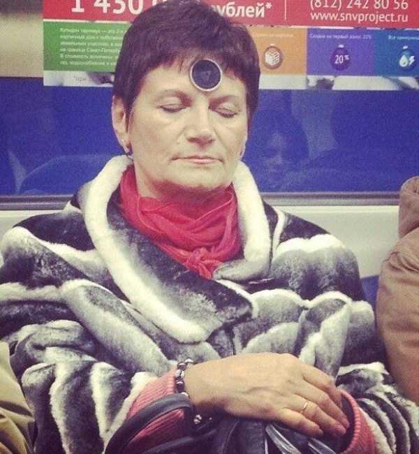 russian-subway-fashion-freaks (11)