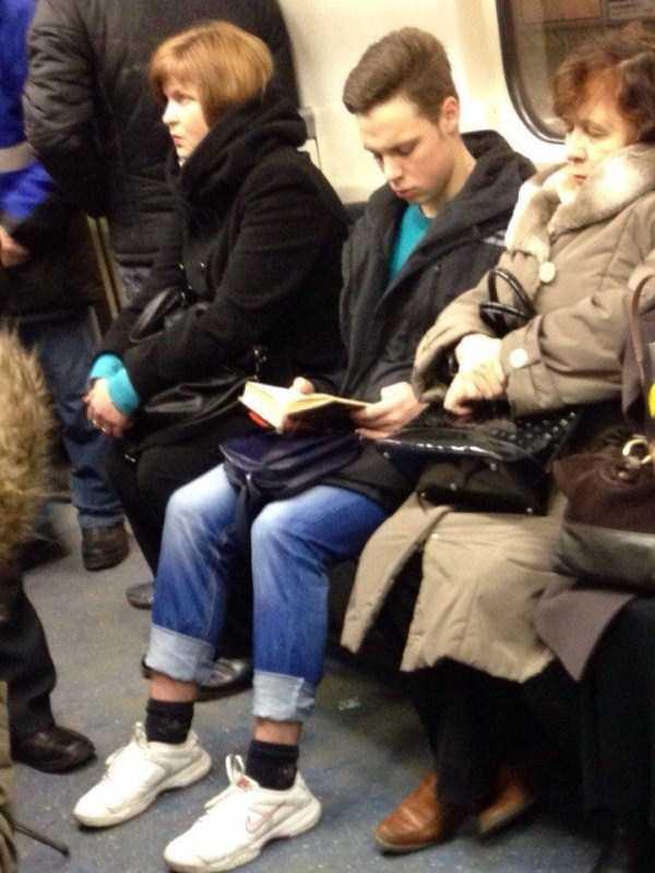 russian-subway-fashion-freaks (16)
