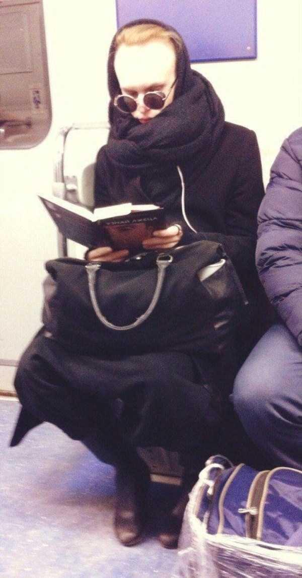 russian-subway-fashion-freaks (18)