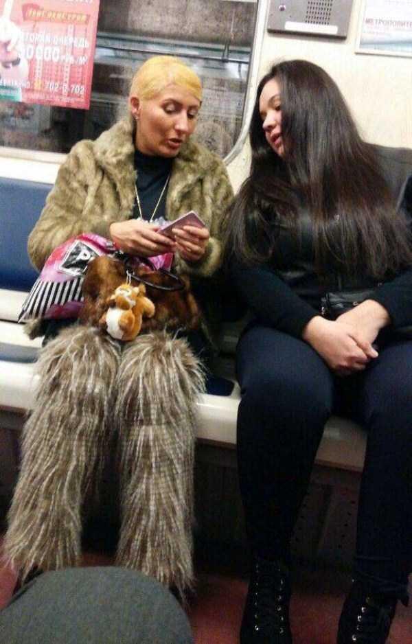 russian-subway-fashion-freaks (23)