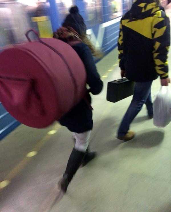 russian-subway-fashion-freaks (28)