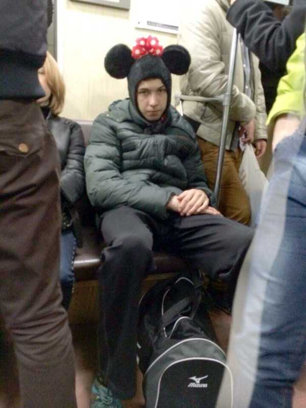 russian-subway-fashion-freaks (39)