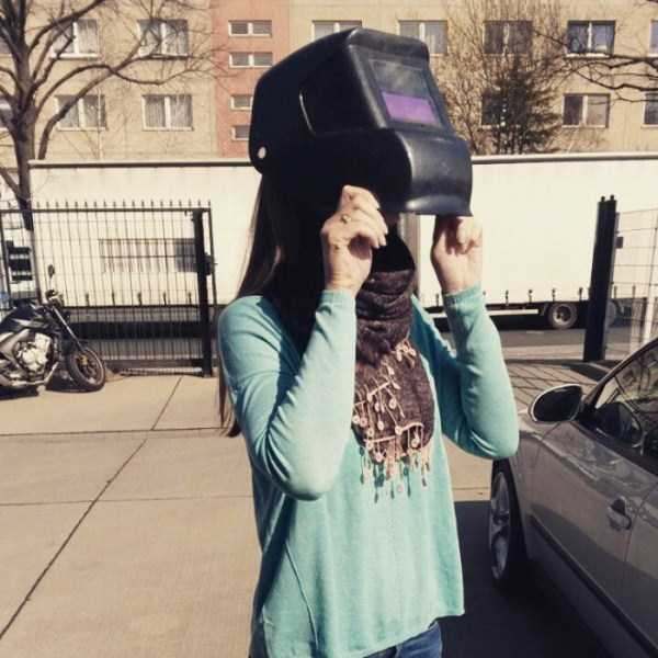 watching-the-solar-eclipse (27)