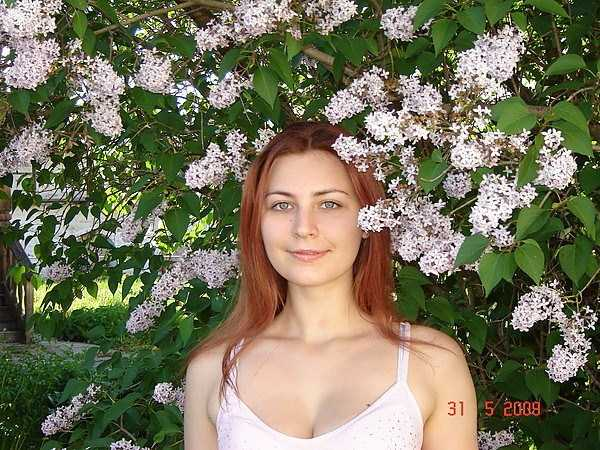 Yuliya-Dmitrieva-sexy-high-school-teacher (24)