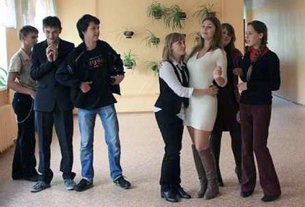 Yuliya-Dmitrieva-sexy-high-school-teacher-(31)