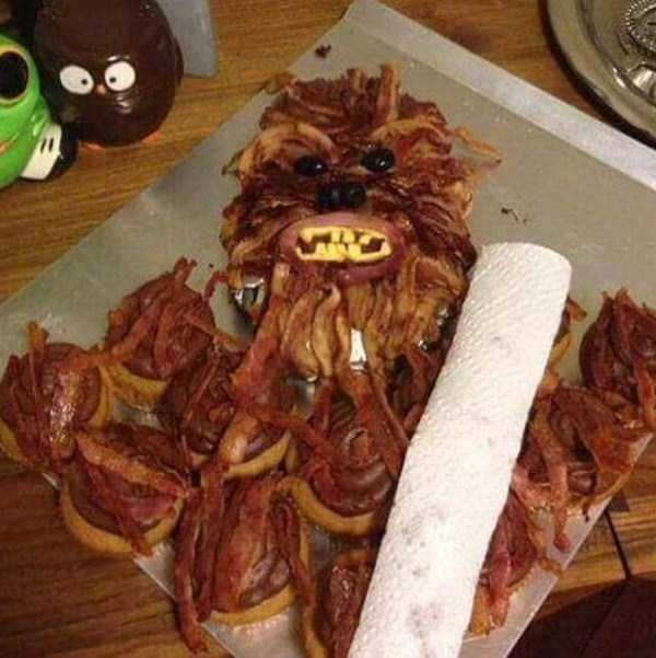 crazy-things-made-out-of-bacon (1)