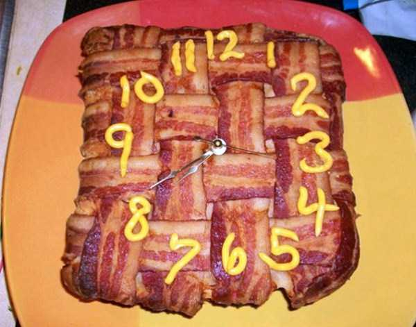 crazy-things-made-out-of-bacon (11)