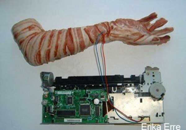 crazy-things-made-out-of-bacon (15)