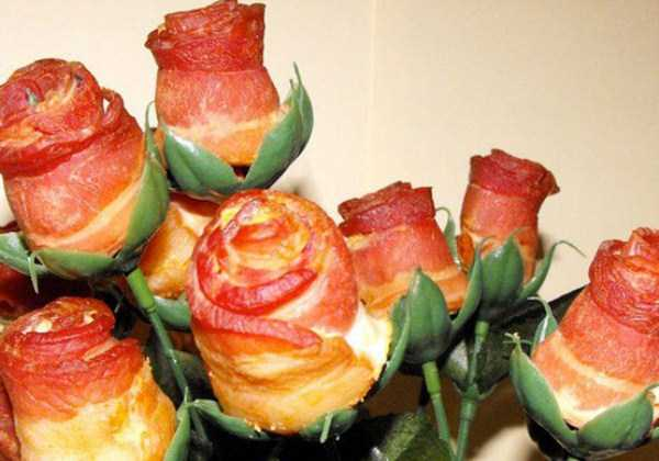 crazy-things-made-out-of-bacon (24)